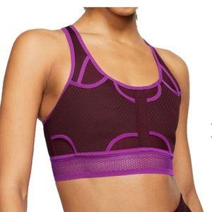 NIKE Sports training ultra breathe bra dri- fit